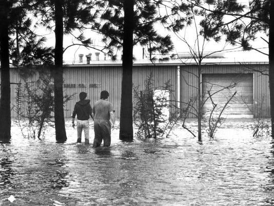 Flood 1982