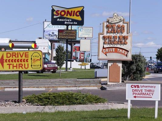 -Signs on Tenth 2.jpg_20130919.jpg