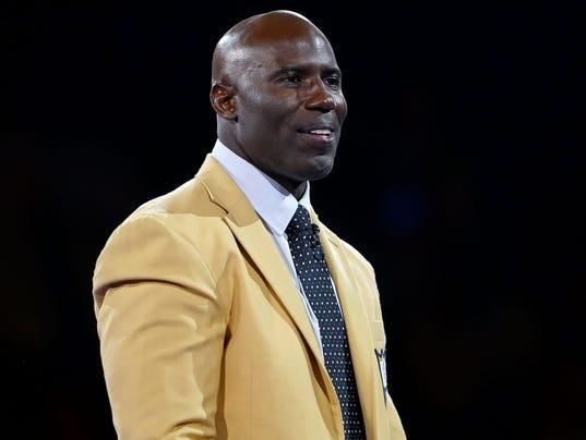 NFL: Pro Football Hall of Fame Game-Enshrinees' Gold Jacket Dinner