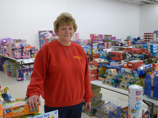 -11262014_toys for tots storage-a.jpg_20141126.jpg