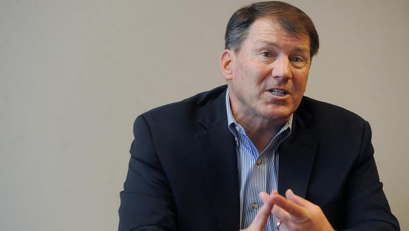 Senator Mike Rounds talks with Argus Leader Media on
