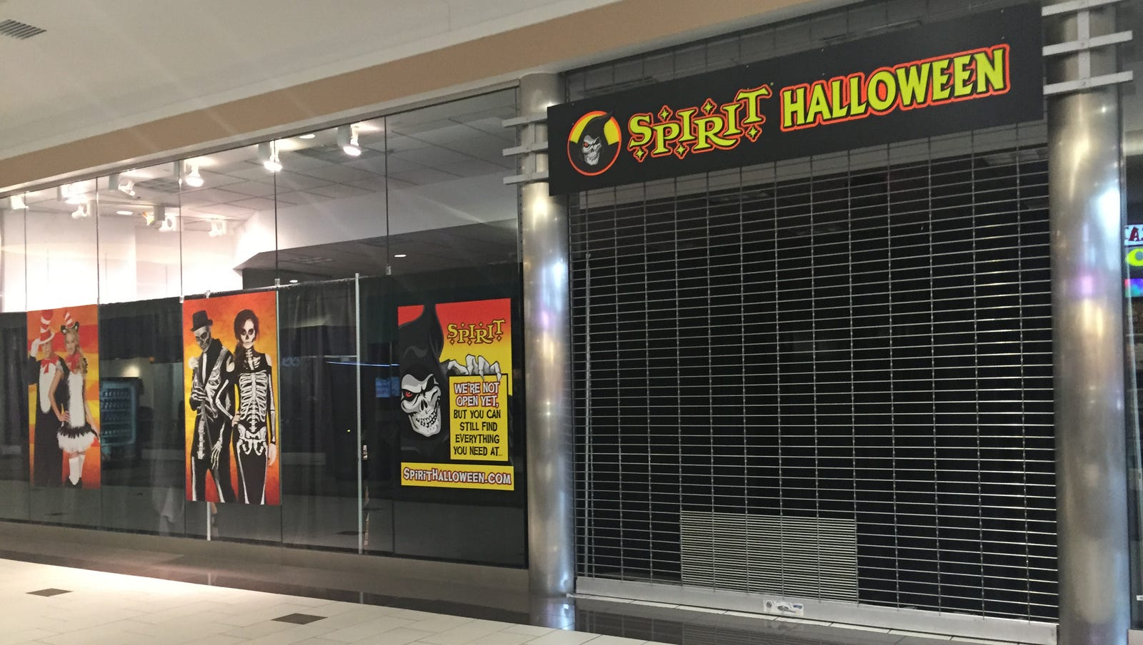 halloween store coming to empire mall