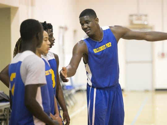 Senior  DeAndre Ayton during the Hillcrest Prep basketball practice at Precision High School in Phoenix on Wednesday, December 7, 2016.