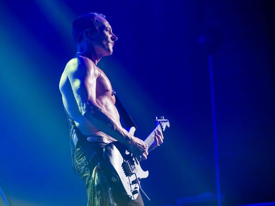 Phil Collen and Def Leppard perform at Ak-Chin Pavillion