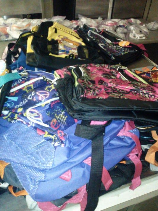 -School supplies 2.jpg_20140722.jpg