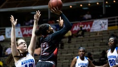Lee-Montgomery's Jadelyn Whiting shoots as Auburn's