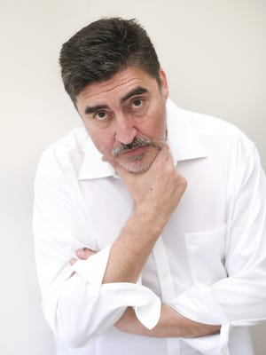 "Film, TV and Tony Award-winning stage actor Alfred Molina will be the guest of honor Aug. 2 at a virtual ""Summer Starlight"" fundraiser for Cape Rep Theatre in Brewster."