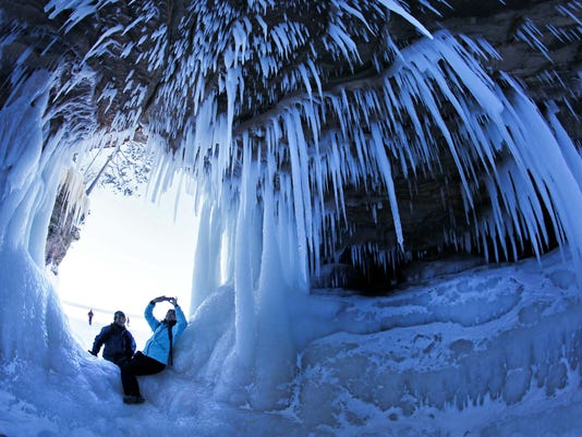 AP ICE CAVES PHOTO GALLERY A USA WI
