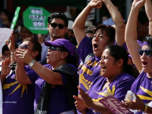 LA minimum wage increase
