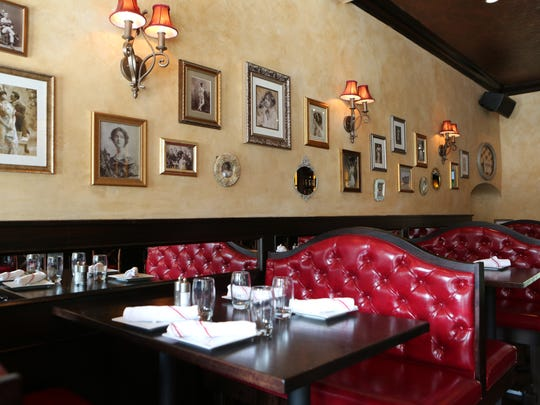 Dining booths at Lilly's Oyster Bar on Mamaroneck Avenue