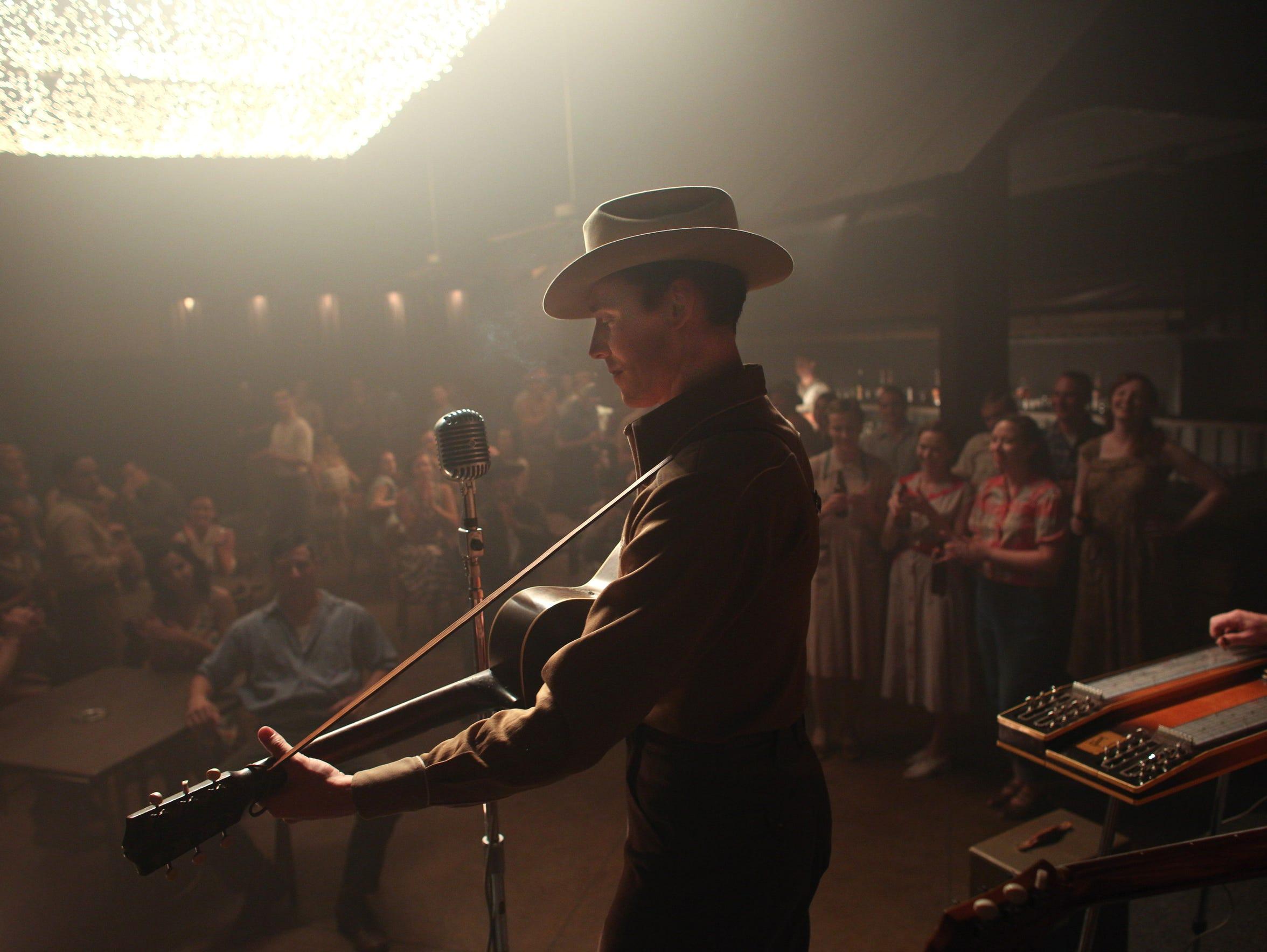 Tom Hiddleston as Hank Williams. The scene was filmed