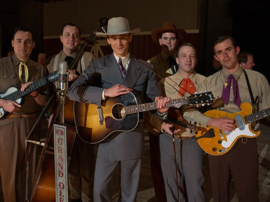 Tom Hiddleston as Hank Williams with the Red Foley's