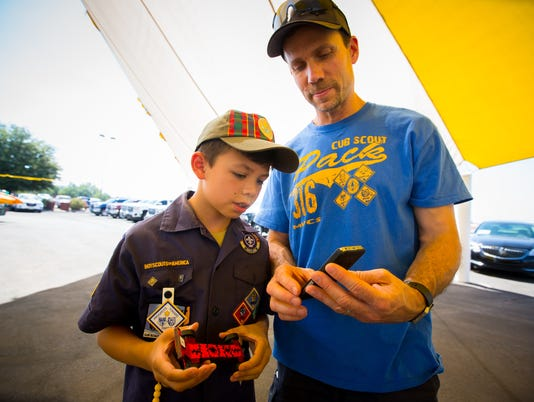 061816 Father's Day 500 Pinewood Derby 1