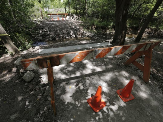 A new bridge 8 foot wide 30 foot long will be installed over Honey Creek in the Sheldon Nature Area at Oakwood School.  It will be replacing the bridge that is nearest to the John and Ethel Keller Pavilion.