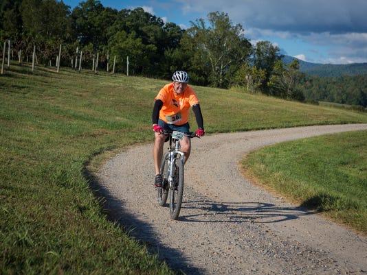 BMN 091516 B4 Bike the quarry