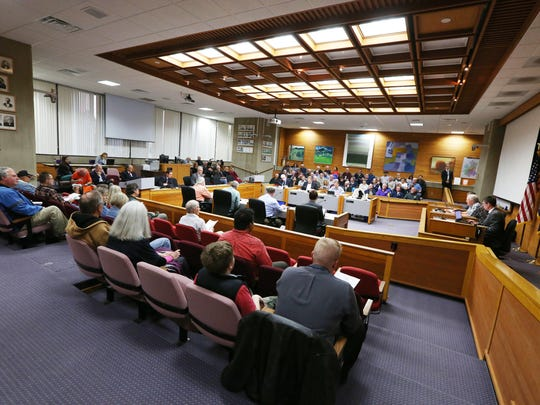 The council chambers are full during a Salem City Council meeting on Monday, Oct. 10, 2016. Many people attended to testify on a water rate proposal.