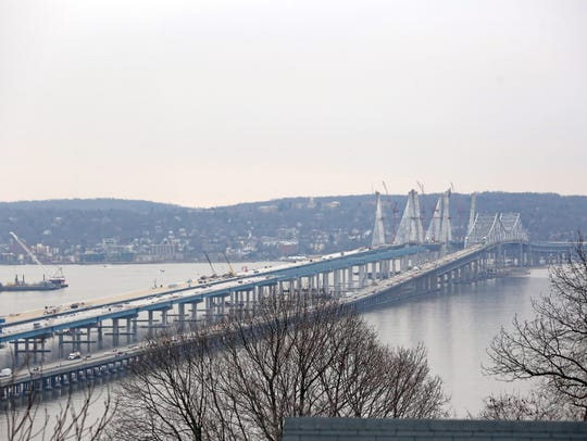 The view of the new Tappan Zee Bridge from 9W in Upper