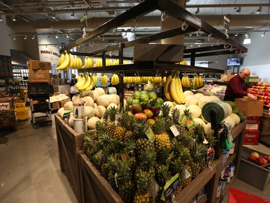 Fresh fruits and vegetables at the new Des Moines downtown Hy-Vee at Fourth and Court.