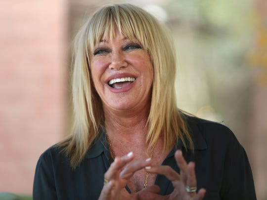 suzanne somers wants long term lease to perform at plaza theatre in