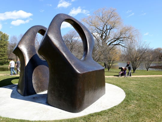 "Henry Moore's ""Double Oval"" at the Donald M. Kendall"