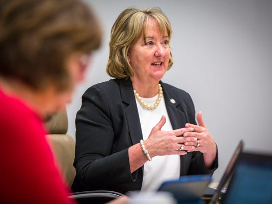 des moines water works editorial board
