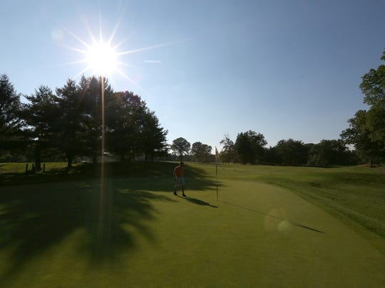 The 15th hole at Saxon Woods Golf Course in Scarsdale