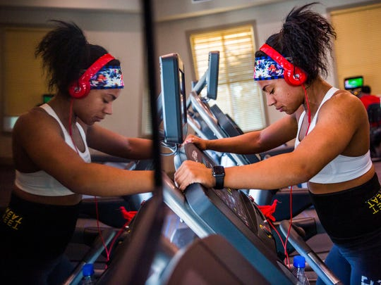 Jordan Beaubrin runs on a treadmill for fasted cardio at a community gym on Thursday, Aug. 24, 2017. Beaubrin works with a personal coach on workout and meal plans to prepare for bodybuilding competitions.