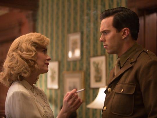 Dorothy (Sarah Paulson) and J.D. (Nicholas Hoult) speak