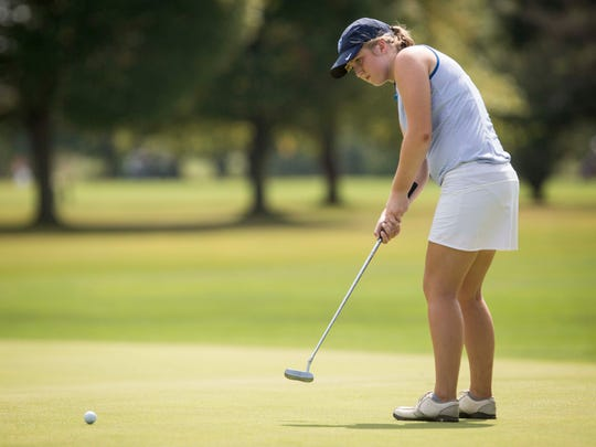 Delta's Sarah McDowell putts along the green Sept.
