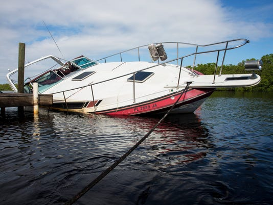 LEDE NDN 1012 Sunken Boats 001