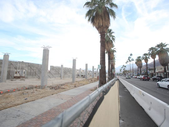 Palm Springs city officials had said construction would resume in the fall at the Andaz Hotel on the corner of Palm Canyon Road and Alejo Road. Little progress has been made as of November 10, 2017.