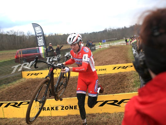 Cyclists compete at the 2016 USA Cycling Cyclo-Cross
