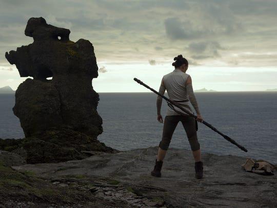 Star Wars: The Last Jedi..Rey (Daisy Ridley)..Photo: Jules Heath..©2017 Lucasfilm Ltd. All Rights Reserved.