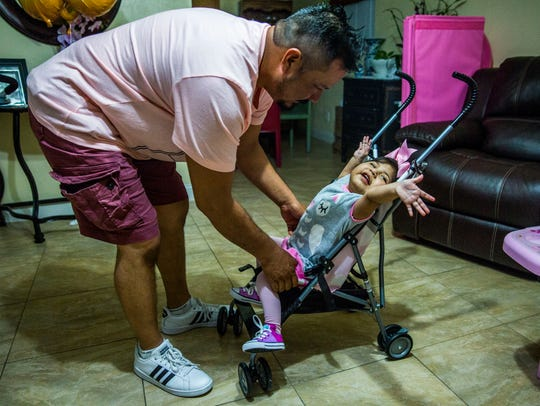 Artemio Hernandez with his daughter Alicia Hernandez,