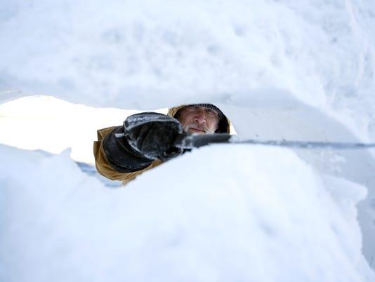 636551940613728845-021018-Snow-Artist-Jef-Schobert-01.jpg