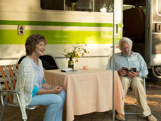 Ella (Helen MIrren) and John (Donald Sutherland) hit