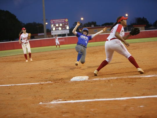 Barron Collier's Chloe Freischmidt slides into third
