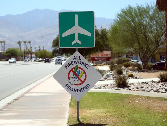 A no fireworks sign along Ramon Rd in Palm Springs