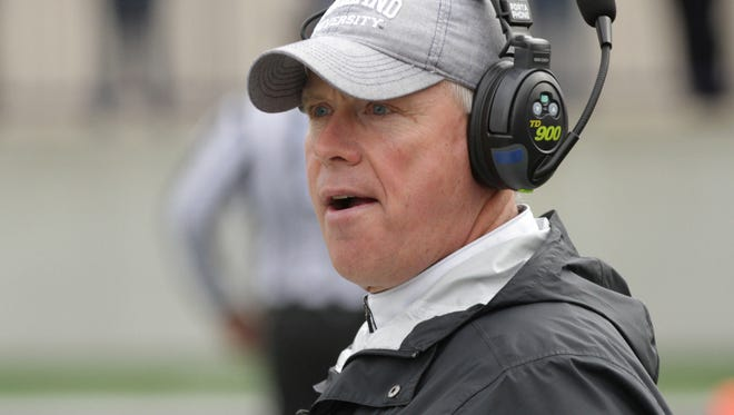Ashland University football coach and Mansfield native Lee Owens has received a top honor from the American Football Coaches Association.