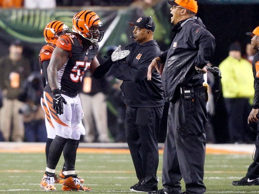 Bengals_Keep_Cool_Football_84954.jpg