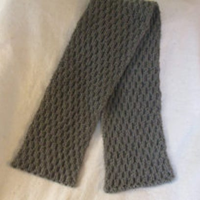 Follow the link to the 'More reversible cable scarves""