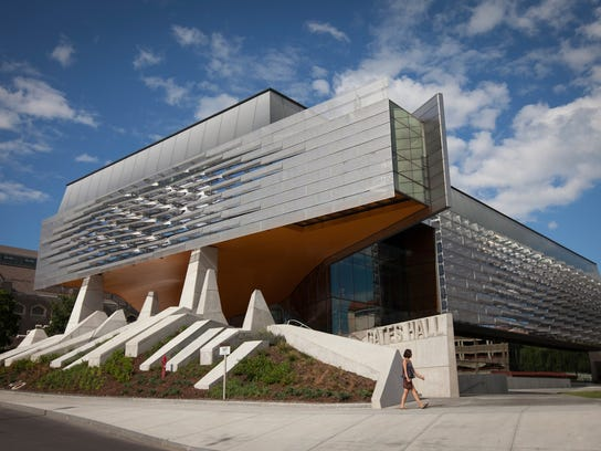 Kum Amp Go Building Attracts Star Architects
