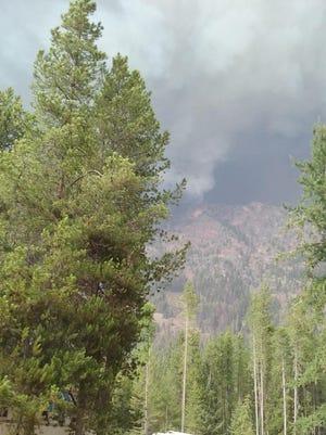 The Bear Creek Fire from Gorge Creek Trailhead.