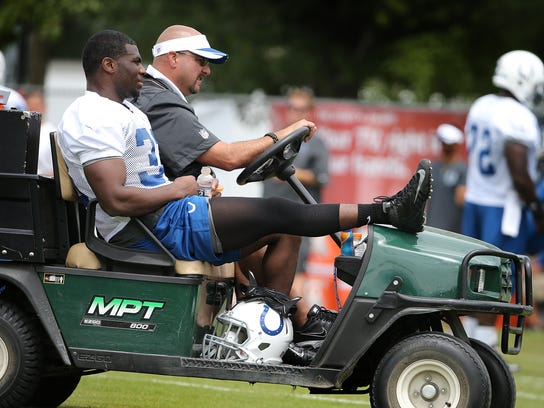 -01_ColtsCamp.jpg_20140725.jpg