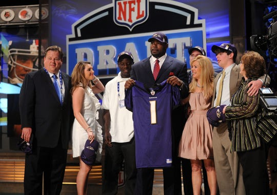 2012-11-13-michael-oher-draft