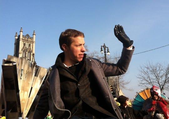 keselowski parade 11-22-2012