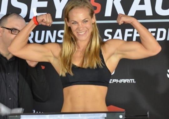 2013-06-05 Julie Kedzie MMA