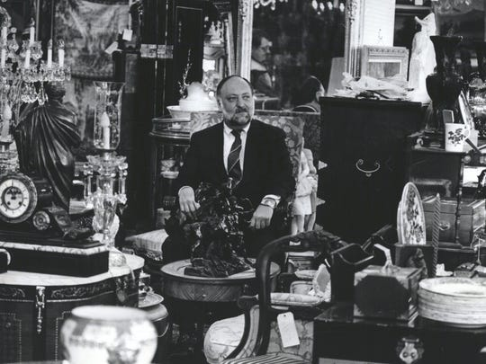 Ernest DuMouchelle at the family's gallery and auction house in 1985.