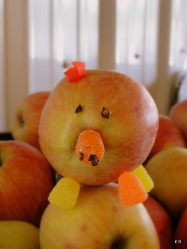 The apple pig craft students make on field trips to