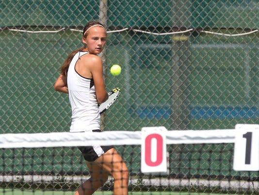 636402184022850596-LDN-VVB-091016-tennis-cc-palm-29.JPG